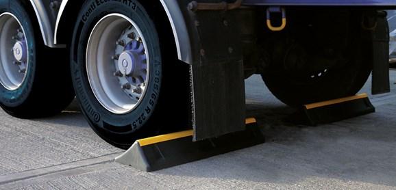 truckstops01